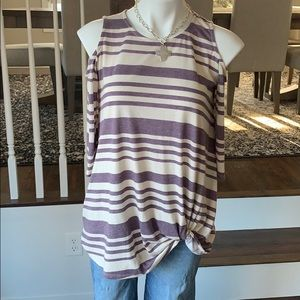 1.4.3 Story by Line Up Cold shoulder top